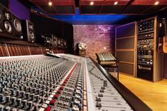 Rent Podcast Studio: Northwest Podcast