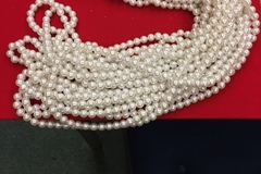 Buy Now: 23,400 Pcs - 12mm Lucite White Luster Pearl Beads
