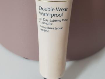 Venta: Corrector Double Wear Waterproof