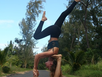 Private Session Offering: Acro Yoga