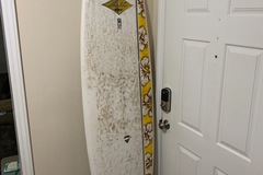 For Rent: Amazing Deal!  Surfboard for short or long term rent