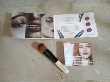 Venta: Pack Full Coverage Bobbi Brown y prebase Milk
