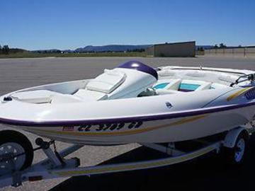 Rentals: Jet Boat Rental