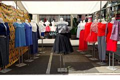 Vente: Clothing