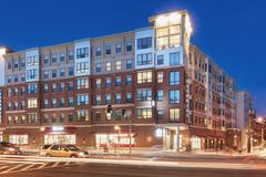 New Tenant pays you first month's rent when they request to sublease : Landmark Summer 2019 Lease | 2x2 Apartment | June-July