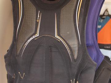 Hourly Rate: Mystic Slider Vest - XS