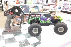 Selling: Rare! Traxxas Grave Digger with Traxxas TQ 27Mhz Radio System