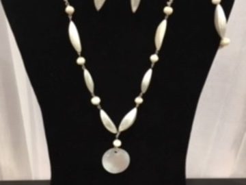 Buy Now: 25 sets-- Mother of Pearl Necklace, Bracelet & Earrings $3.99 set
