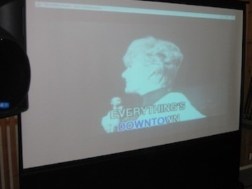 Annetaan vuokralle: Video projector, laptop, speakers, microphones, karaoke discs