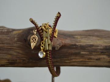 Sale retail: Bracelet Eclair et Breloques
