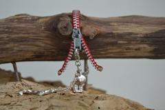 Vente au détail: Bracelet Zip et Chaînette