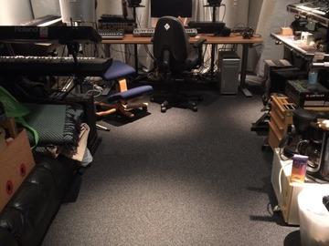 Renting out: Studiotila/treenitila muusikolle.