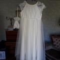 Ilmoitus: Morsiustytön mekko koko 134 (menee pidemmällekkin)