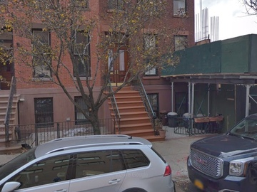 Monthly Rentals (Owner approval required): New York NY, Secure Cobble Hill Private Indoor Parking Spot
