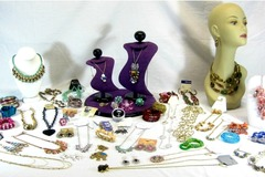 Buy Now: 200 Pieces Brand New Assorted Store Jewelry