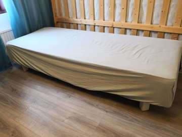 Myydään: Single bed 80*200