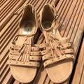 Selling with online payment: Sandals, size 3