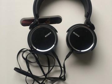 Myydään: Sony MDR-XB600