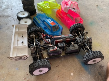 Selling: Team Losi 8ight 4.0 Kit Almost Ready to Race