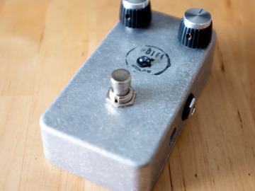 Renting out: Lovepedal MKIII Fuzz So Naked Pedal Rental