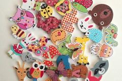 Buy Now: Colorful assorted wood buttons 1000 pcs.