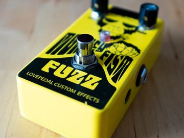 Renting out: Lovepedal Monkey Fist Fuzz Pedal Rental