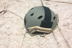 Selling: Emerson Bump helmet