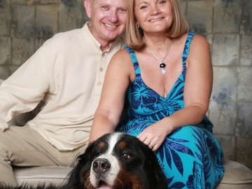 Pet Sitter: Animal loving couple who enjoy looking after pets and homes