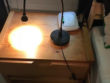 Myydään: Bright desk lamp