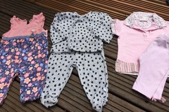 Selling with online payment: Suits, age 6-9 months