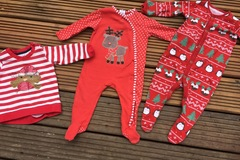 Selling with online payment: Christmas bundle, age 6-9 months