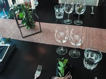 Ilmoitus: KANKAISET lautasliinat + pöytäliina -50%