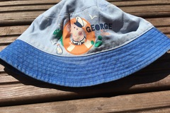 Selling with online payment: Props Pig George Hat, age 2-4