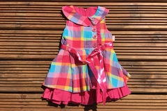Selling with online payment: Pretty summer dress with hat, age 12-18 months
