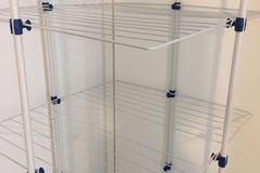 Myydään: clothes shelf