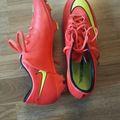Myydään: Football shoes, Nike, size 40.5