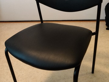 Selling: Comfortable chair