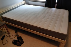 Myydään: Awesome Bed with mattress 140x200