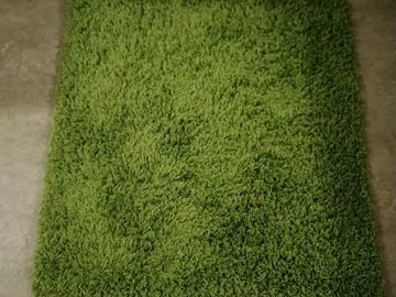 Selling: IKEA rug 80x80cm