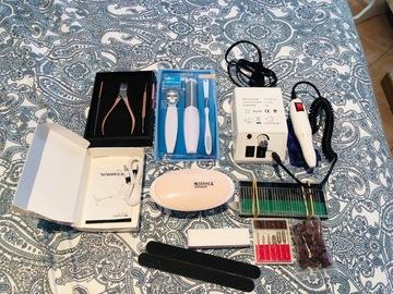 Venta: Torno manicura, complementos uñas, lámpara uñas, neceser...