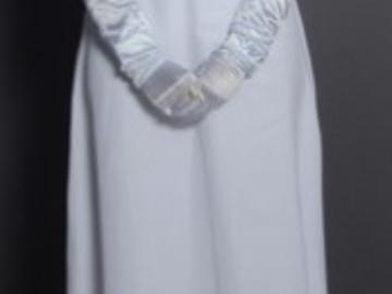 Myydään: Paper white full length dress