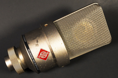 Renting out: High-end studio / condensor microphone Neumann TLM 103