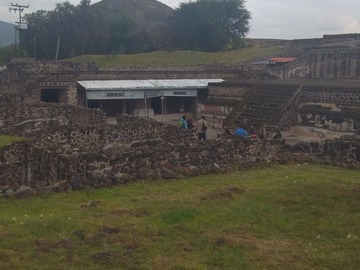 Offering with online payment: Teotihuacan pyramids