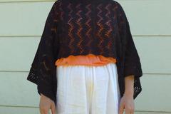 Vente au détail: Petit haut d'été en tricot dentelle