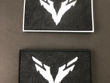Selling: ghost recon wolf v1 or  v2