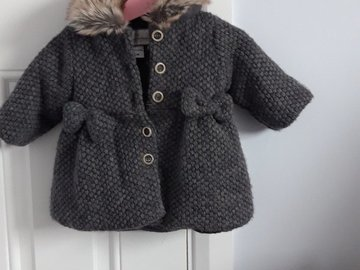 Selling with online payment: Girls Jacket, age 6-9 Mths