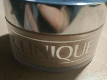 Venta: Clinique Blended Face Powder - Tono 03 Transparency