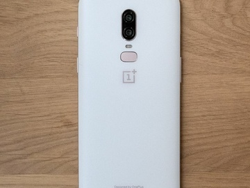 Selling: OnePlus 6 Pearl white limited edition, 128gb