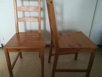 Selling: Chairs
