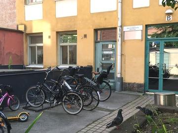 Renting out: Kotoisa työhuone Tehtaankadulla